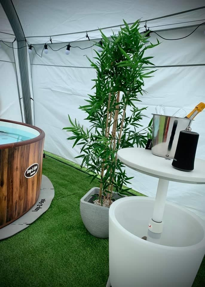 Indulgence hot tub with drinks cooler